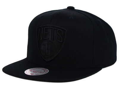 Brooklyn Nets Mitchell and Ness NBA Team BW Snapback Hat
