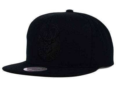 Milwaukee Bucks Mitchell and Ness NBA Team BW Snapback Hat