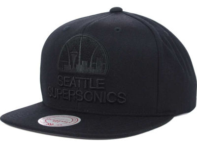 Seattle SuperSonics Mitchell and Ness NBA Team BW Snapback Hat