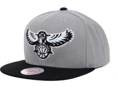Atlanta Hawks Mitchell & Ness NBA Team BW Snapback Hat