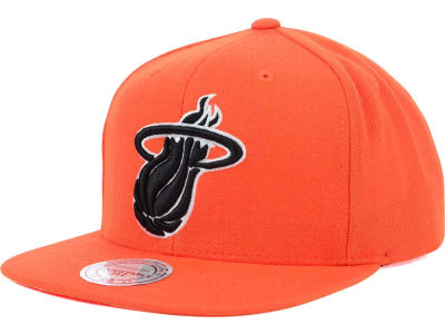 Miami Heat Mitchell and Ness NBA Team BW Snapback Hat