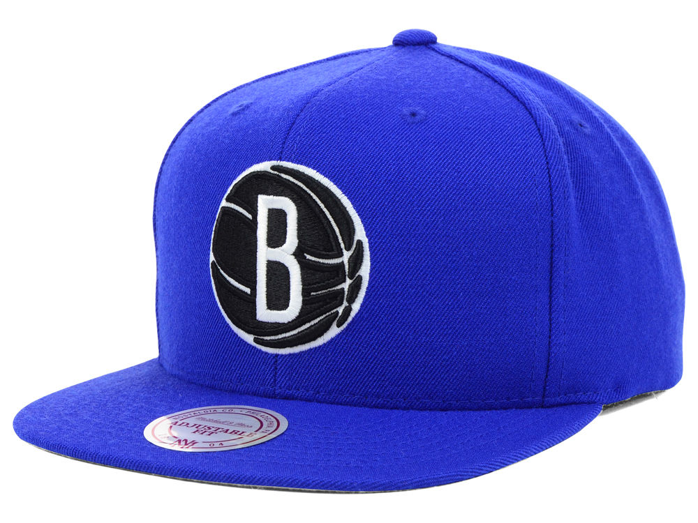 e035cdf412a Brooklyn Nets Mitchell   Ness NBA Team BW Snapback Hat