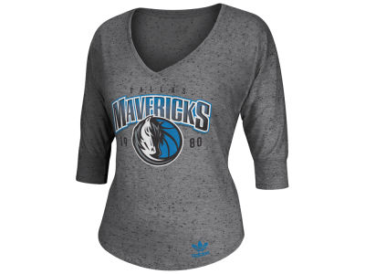 Dallas Mavericks adidas NBA Womens Sparkle Three Quarter V-Neck Slouchy T-Shirt