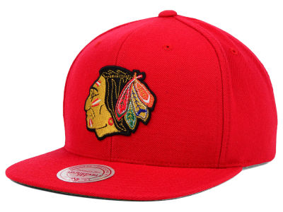 Chicago Blackhawks Mitchell and Ness NHL Wool Solid Snapback Cap