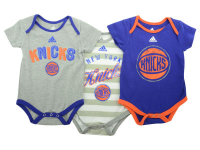 New York Knicks NBA Newborn 3 Point Play Creeper Set