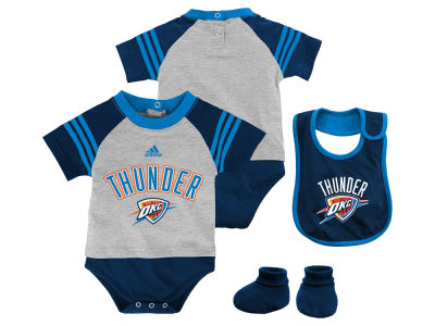 Oklahoma City Thunder NBA Infant Little Player Creeper, Bib and Bootie Set
