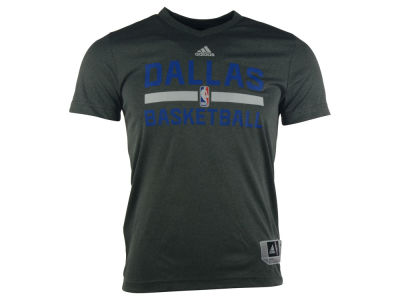 Dallas Mavericks adidas NBA Men's Practice Graphic T-Shirt