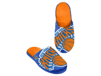 New York Knicks Big Logo Slippers