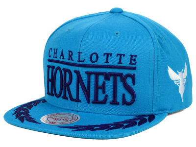 Charlotte Hornets Mitchell and Ness NBA Laurel Snapback Hat