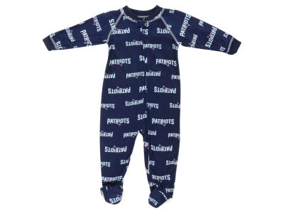 New England Patriots Outerstuff NFL Infant Raglan Zip Up Coverall Sleeper