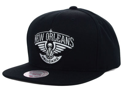 New Orleans Pelicans Mitchell and Ness NBA Team BW Snapback Hat