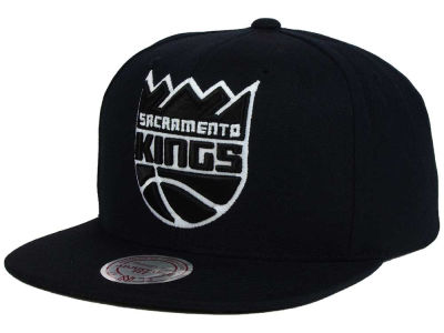 Sacramento Kings Mitchell and Ness NBA Team BW Snapback Hat