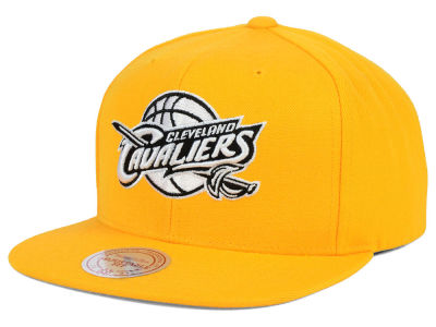 Cleveland Cavaliers Mitchell and Ness NBA Team BW Snapback Hat