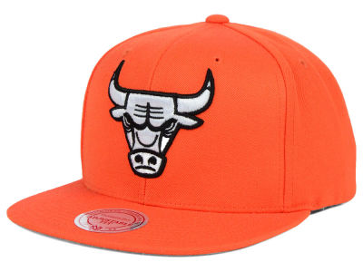 Chicago Bulls Mitchell and Ness NBA Team BW Snapback Hat