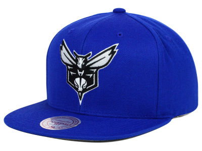 Charlotte Hornets Mitchell and Ness NBA Team BW Snapback Hat