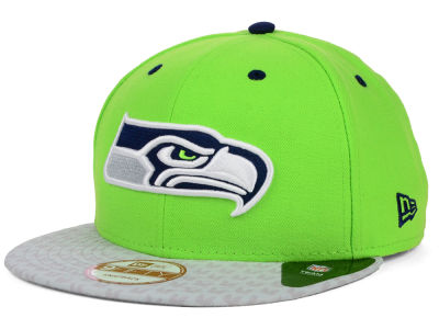 Seattle Seahawks New Era NFL Feather 9FIFTY Snapback Cap
