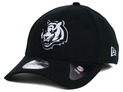 Cincinnati Bengals New Era NFL Black White Team Classic 39THIRTY Cap