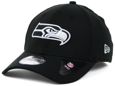 Seattle Seahawks New Era NFL Black White Team Classic 39THIRTY Cap