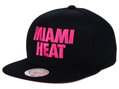 Miami Heat Mitchell and Ness NBA 2014 Playoff Chase Snapback