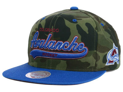 Colorado Avalanche Reebok NHL Camo Tailsweep Snapback Hat