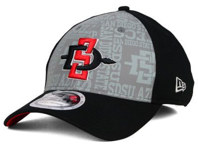 San Diego State Aztecs New Era NCAA Reflective Training Mesh 39THIRTY Cap