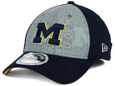Michigan Wolverines New Era NCAA Reflective Training Mesh 39THIRTY Cap