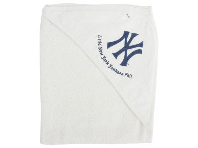 New York Yankees Hooded Baby Towel