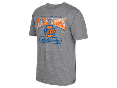 New York Knicks adidas NBA Men's Pointed Tri-Blend T-Shirt