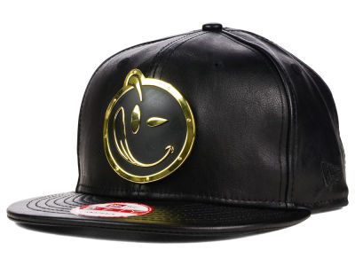YUMS Two Tone Metal Face 9FIFTY Snapback Cap