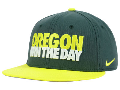 Oregon Ducks Nike NCAA True Motto Snapback Cap