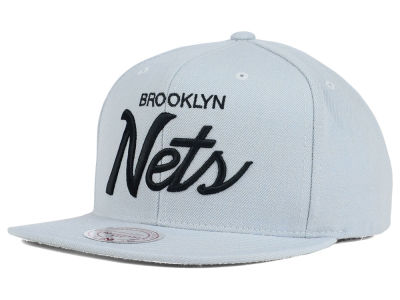 Brooklyn Nets Mitchell and Ness NBA Classic Strapback Cap