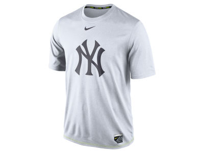 New York Yankees Nike MLB Men's AC Logo Legend T-Shirt