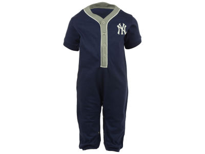 New York Yankees MLB Newborn Outfield Coverall