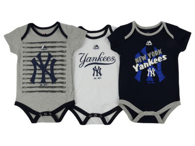 New York Yankees MLB Infant Team Player 3-piece Set