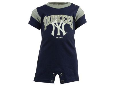 New York Yankees MLB Newborn Batter Romper