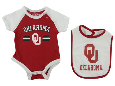 Oklahoma Sooners NCAA Infant Dribble Onesie & Bib Set