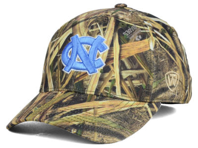 North Carolina Tar Heels Top of the World NCAA Blades Camo Flex Hat