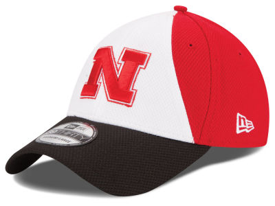 Nebraska Cornhuskers New Era NCAA Game Performance 39THIRTY Cap