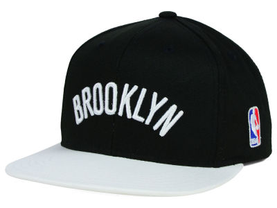 Brooklyn Nets Mitchell and Ness NBA Youth XL Logo Snapback Cap