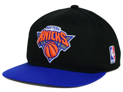 New York Knicks Mitchell and Ness NBA Youth XL Logo Snapback Cap
