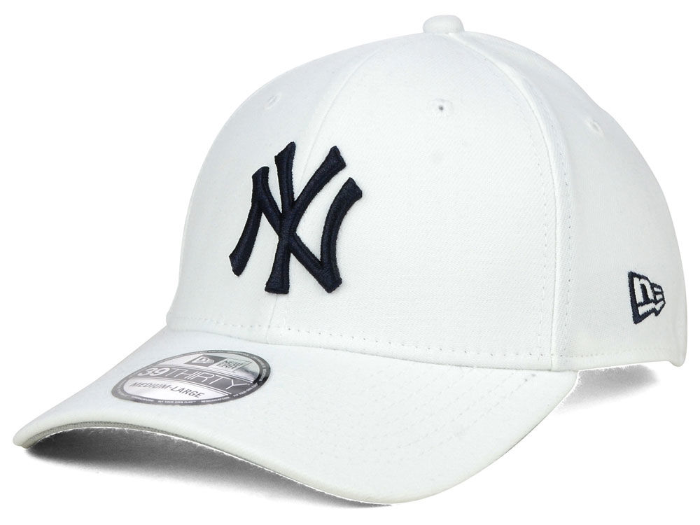 New York Yankees New Era MLB Core Classic 39THIRTY Cap  db55fee1c27