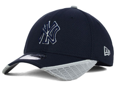 New York Yankees New Era MLB Reflective Slugger Diamond Era 39THIRTY Cap