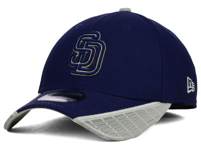 San Diego Padres New Era MLB Reflective Slugger Diamond Era 39THIRTY Cap