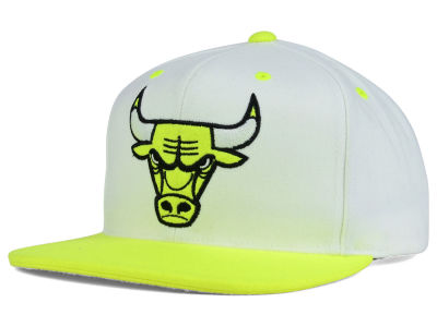 Chicago Bulls Mitchell and Ness NBA Big Venus Snapback Cap