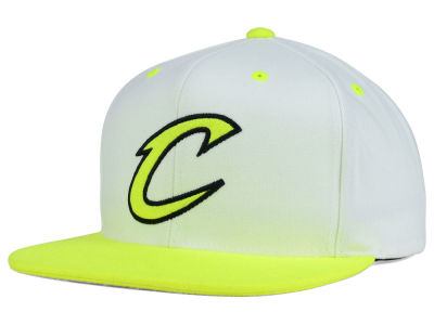 Cleveland Cavaliers Mitchell and Ness NBA Big Venus Snapback Cap