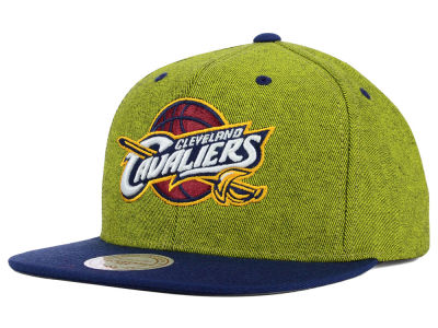 Cleveland Cavaliers Mitchell and Ness NBA Denim Harry Snapback Cap