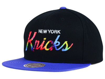 New York Knicks Mitchell and Ness NBA Fly Dye Snapback Cap