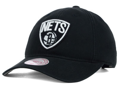Brooklyn Nets Mitchell and Ness NBA Felt Logo Fanback Cap