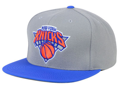 New York Knicks Mitchell and Ness NBA Slate Reflective Fitted Cap