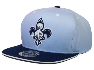 New Orleans Pelicans Mitchell and Ness NBA Faded 2 Tone High Crown Fitted Cap